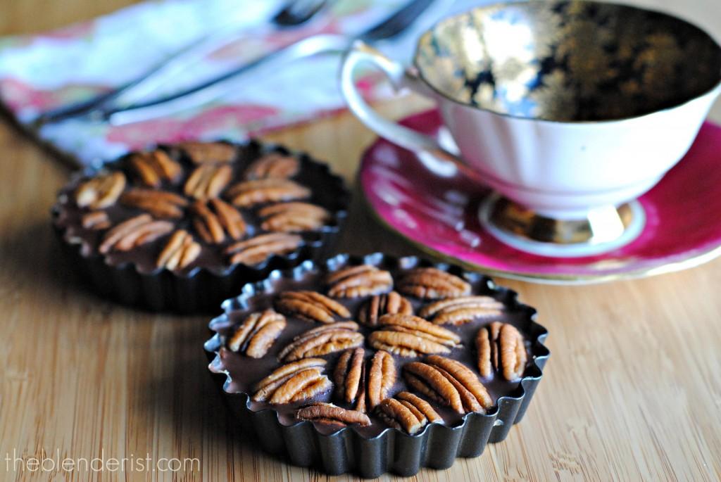 vegan-chocolate-pecan-tart
