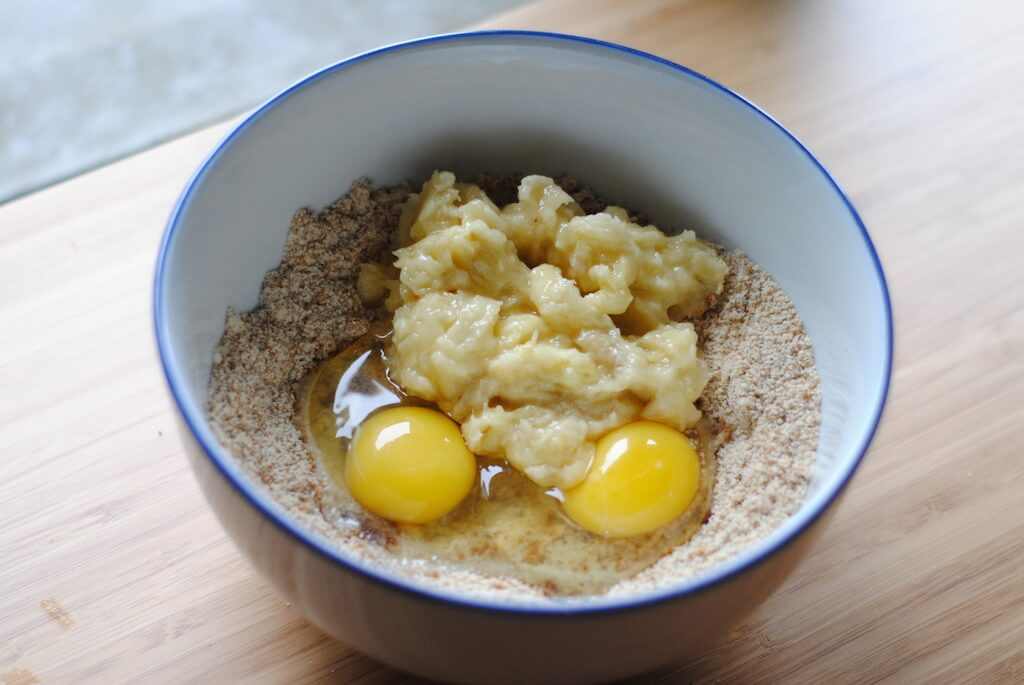 Gluten-free-banana-bread-wet-ingredients