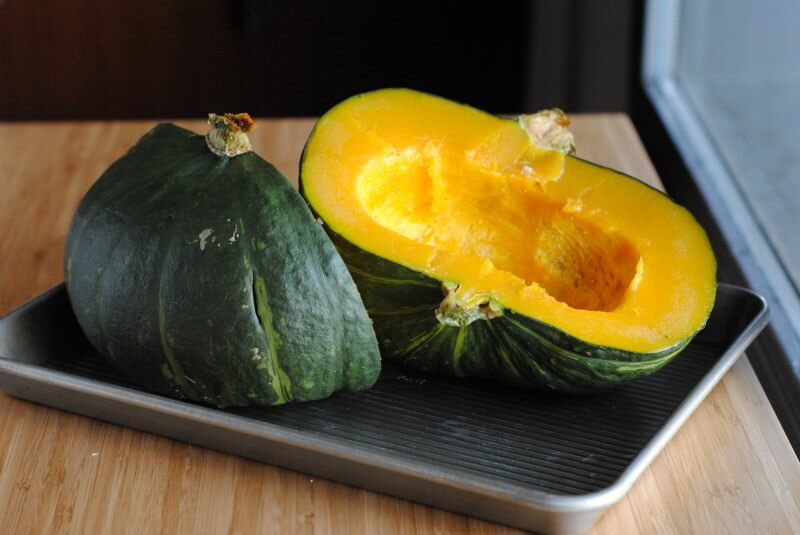kabocha-squash-in-a-pan