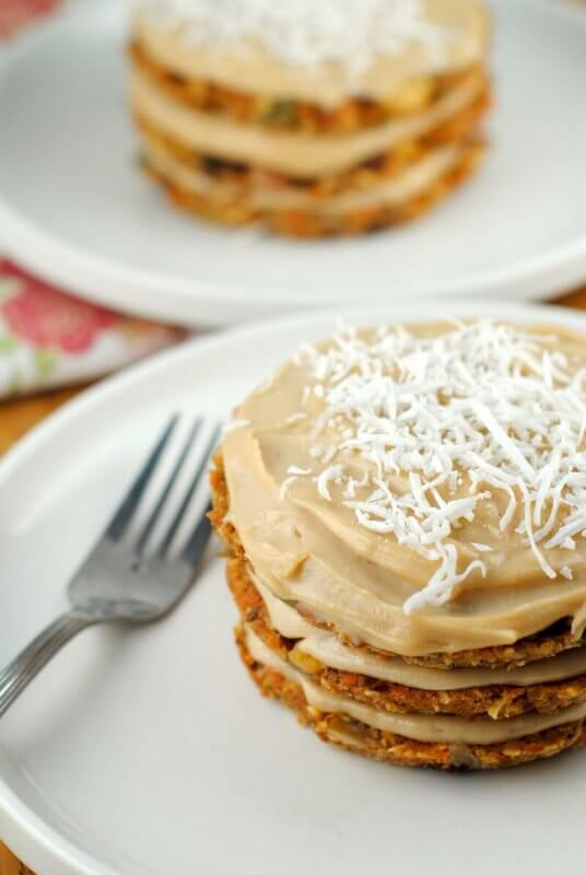 raw-vegan-carrot-cake-whole