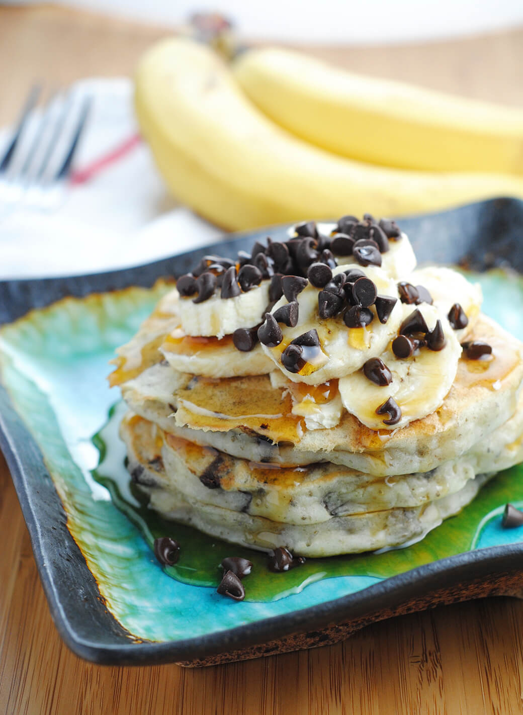banana-chocolate-chip-vegan-pancakes