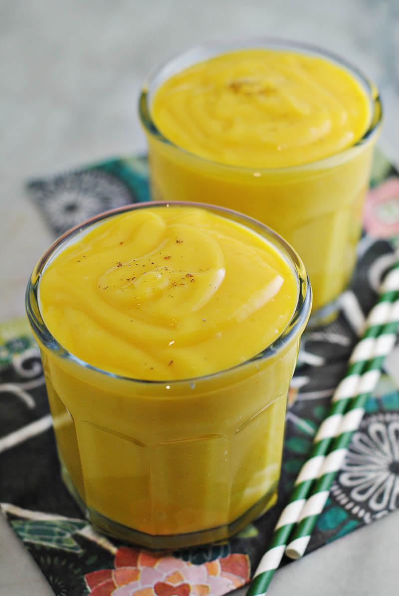 easy-vegan-mango-lassi
