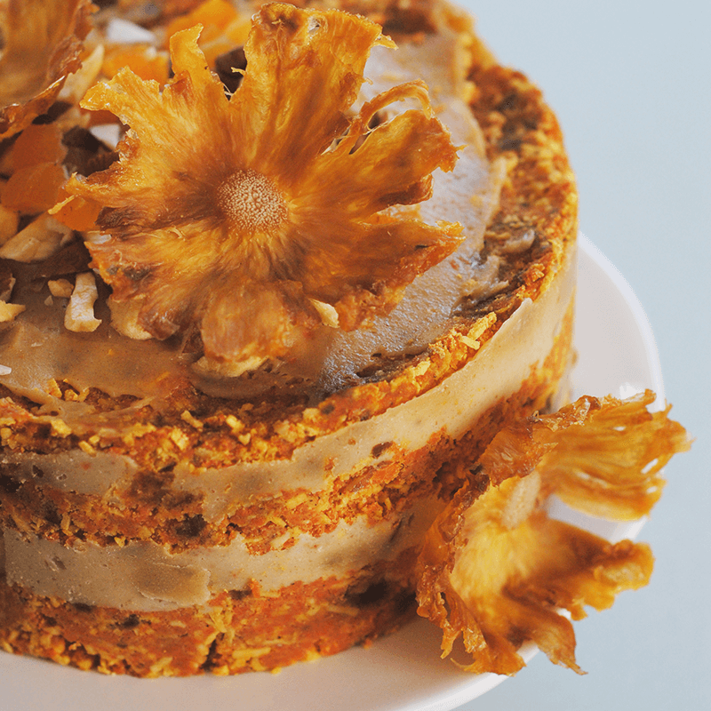 raw-vegan-carrot-cake-layer