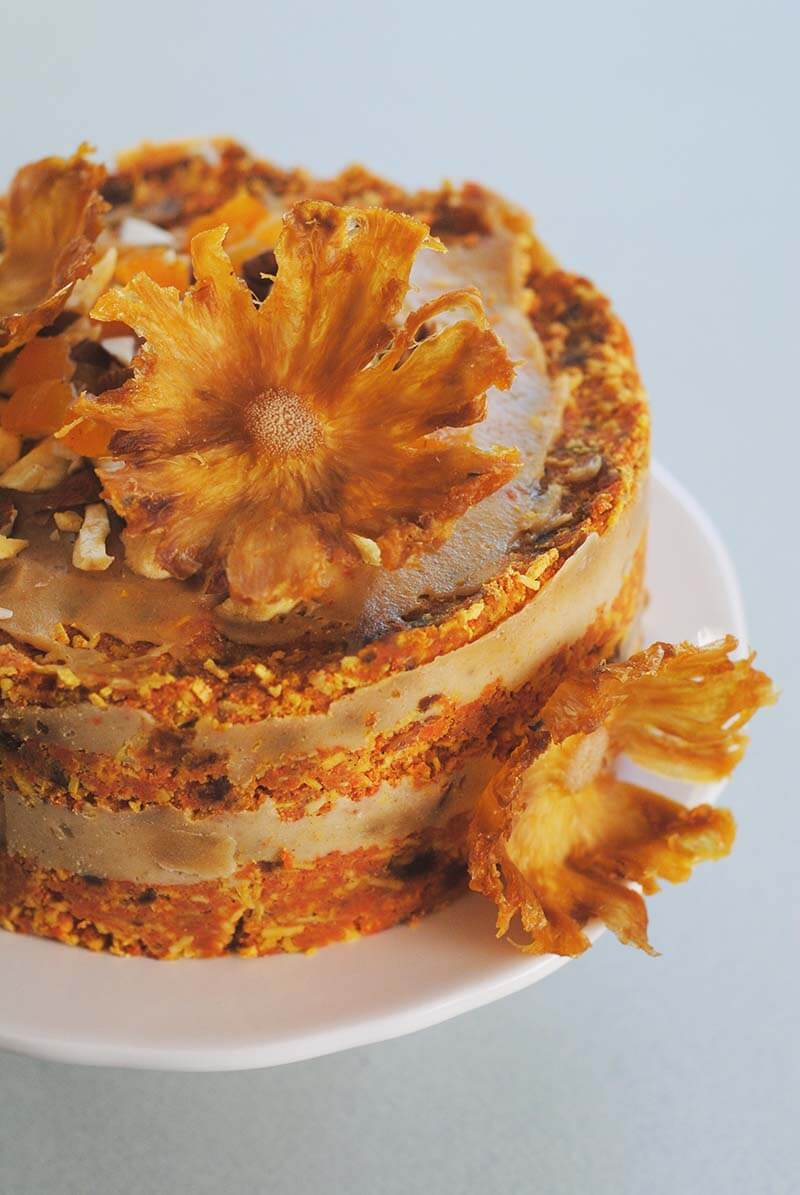 raw-vegan-carrot-cake