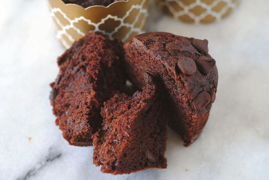 vegan-chocolate-muffin-crumb-shot