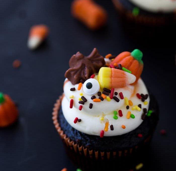 Halloween-Chocolate-Cupcakes