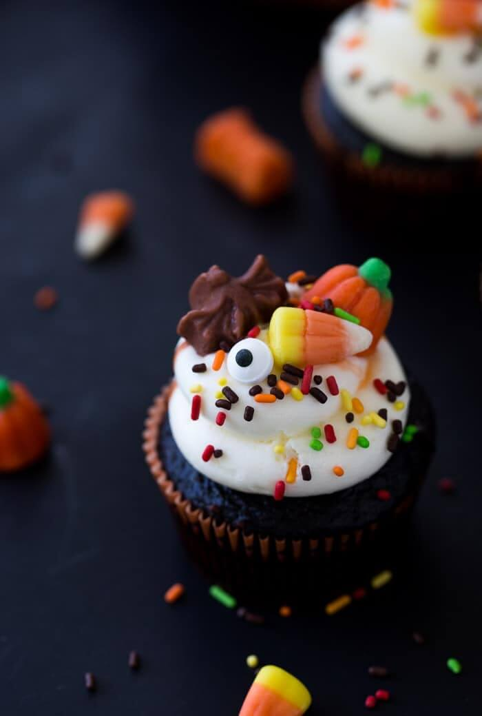 Halloween-Chocolate-Cupcakes